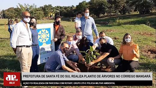 Santa Fé do Sul realiza plantio de árvores em comemoração ao Dia do Meio Ambiente